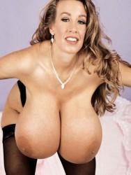 Latina fat ass stripping